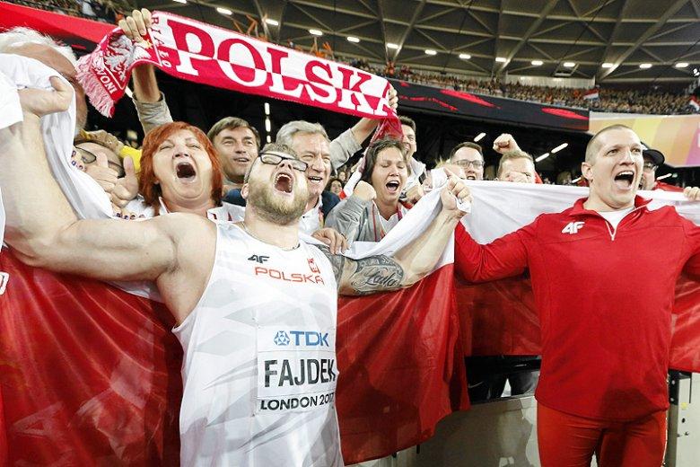 Reprezentacja Polski jest na 3. miejscu w klasyfikacji generalnej Lekkoatletycznych Mistrzostw Świata w Londynie.