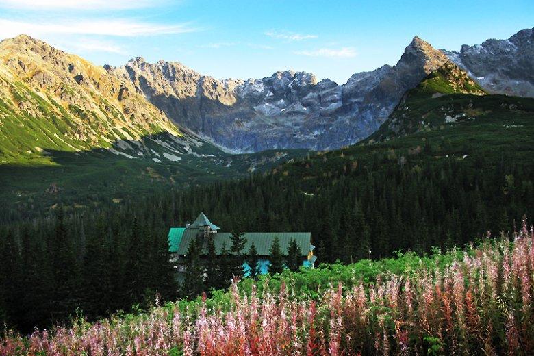Wbrew pozorom Zakopane to nie jedyna miejscowość, która może być punktem wypadowym na tatrzańskie szlaki.