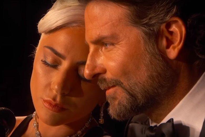 Specjalistka od mowy ciała nie ma wątpliwości, że Lady Gagę i Bradley'a Coopera łączy coś więcej niż tylko przyjaźń.