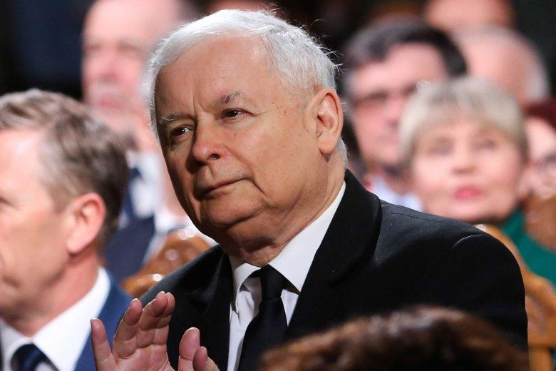 Partia Jarosława Kaczyńskiego coraz bardziej traci poparcie.