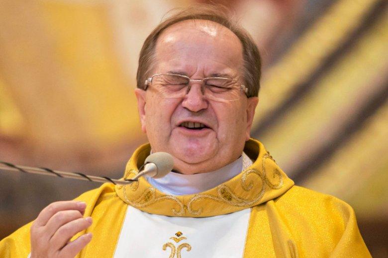 Sobór Watykański II określił jasno, że działalność polityczna jest zarezerwowana dla osób świeckich. O. Tadeusz Rydzyk teoretycznie politykiem nie jest. Teoretycznie...