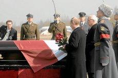 """Ks. Henryk Zieliński twierdzi, że po katastrofie smoleńskiej """"otwarcie trumien nastąpiło za późno""""."""