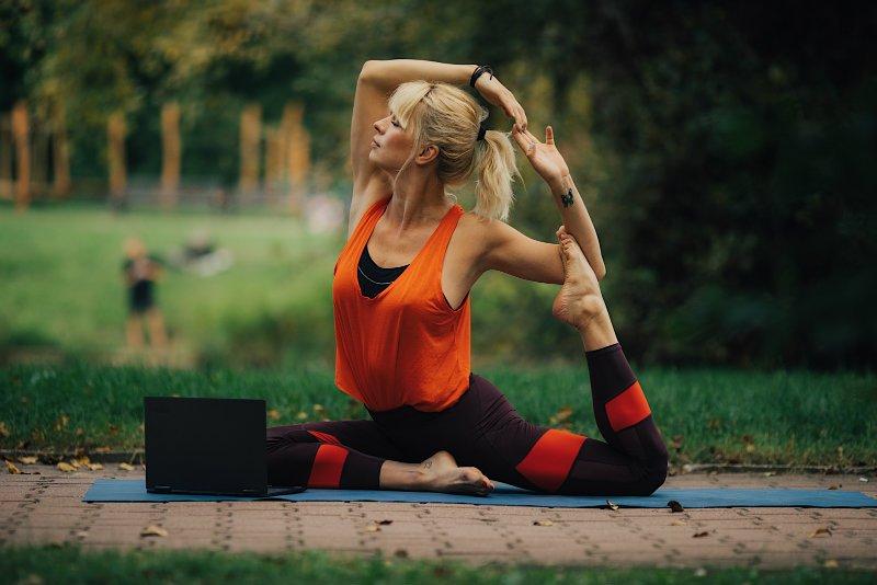 Yoga 730 - laptop i tablet do zadań specjalnych