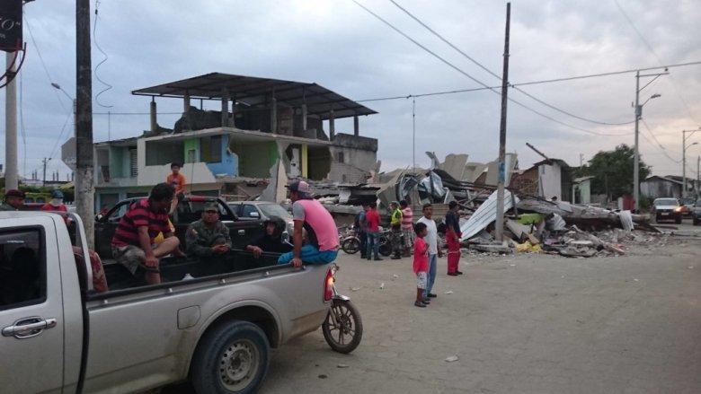 Kierowcy rajdowi pomagają ofiarom trzęsienia