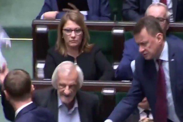 Zachowanie posłów PiS podczas czwartkowej debaty w Sejmie było poniżej krytyki.