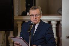 Minister Kultury Piotr Gliński wyjątkowo hojnie wynagradzał kierowców swojego resortu w 2017 roku.