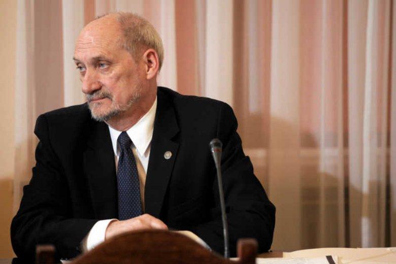 Antoni Macierewicz przedstawiłw Sejmie monodram.