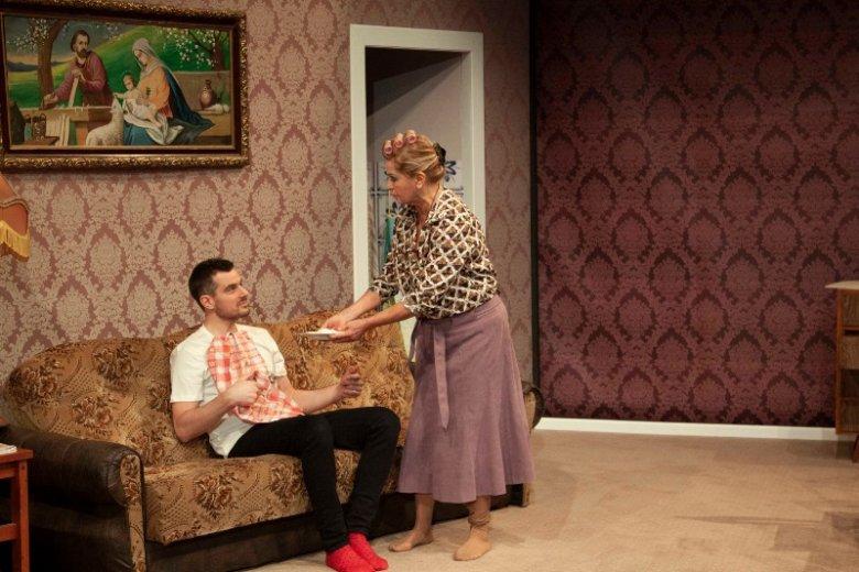 """""""Berek, czyli upiór w moherze 2"""" to sztuka w reżyserii Ewy Kasprzyk. Na scenie zobaczymy również Daniela Olbrychskiego i Antoniego Pawlickiego"""
