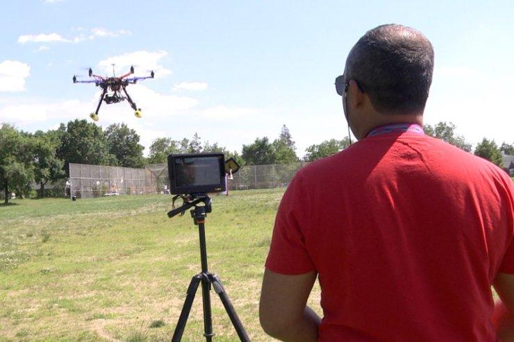 Opracowany przez Dron House system ma ostrzegać użytkowników latających maszyn przed ewentualnymi incydentami lotniczymi