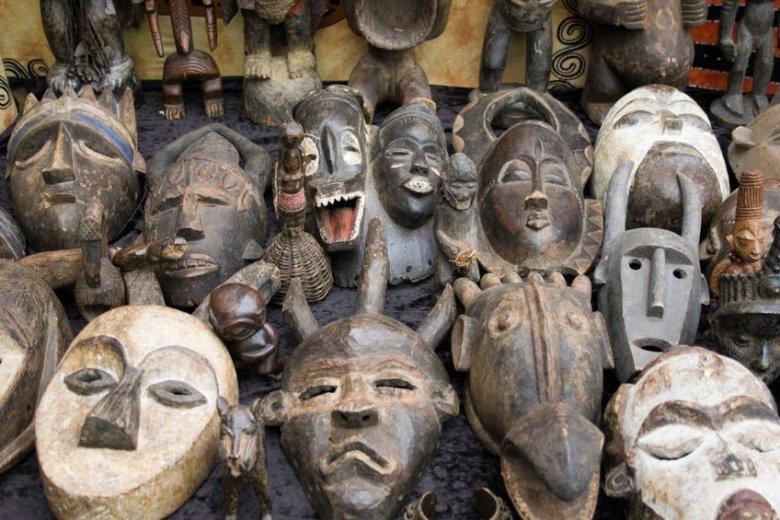 Dom bez afrykańskiej maski jest domem straconym.