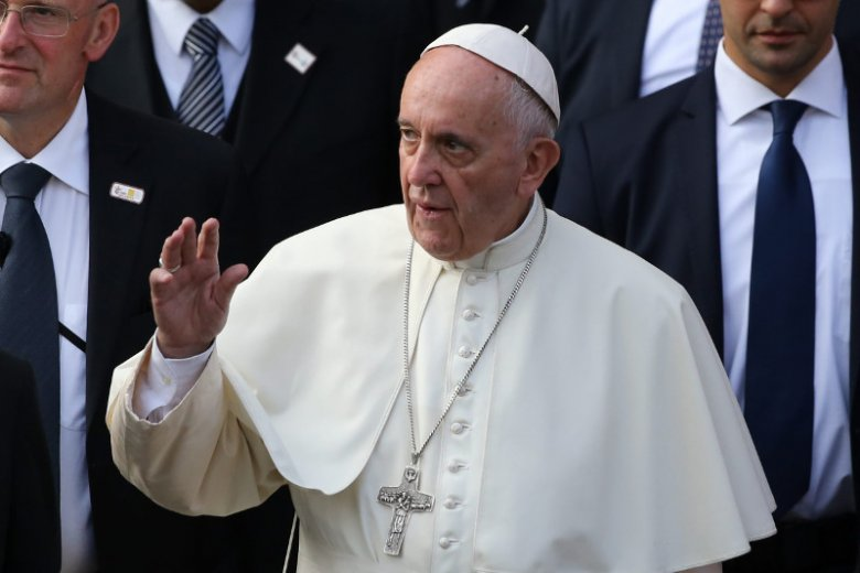 Papież Franciszek wezwał w maju do siebie 34 członków episkopatu w Chile ws. oskarżeń o ukrywanie pedofili.