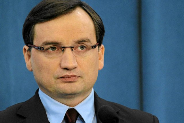 Zbigniew Ziobro rozpoczął degradacje prokuratorów.