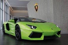 Kuba Wojewódzki sprzedaje swoje dwuletnie Lamborghini Aventador.