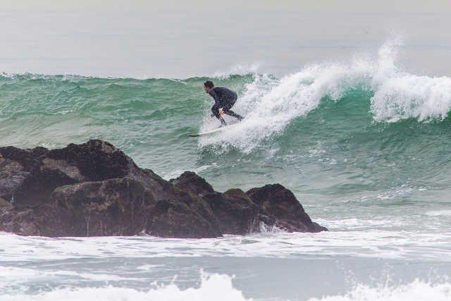 [url=http://shutr.bz/1lq4h9F]W Islandii można trafić na fantastyczne fale, nieustępujące niczym tym, po których pływają marokańscy surferzy.[/url]