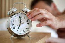W najbliższy weekend trzeba będzie przestawić zegarki z czasu letniego na zimowy. To już jedna z ostatnich takich operacji.