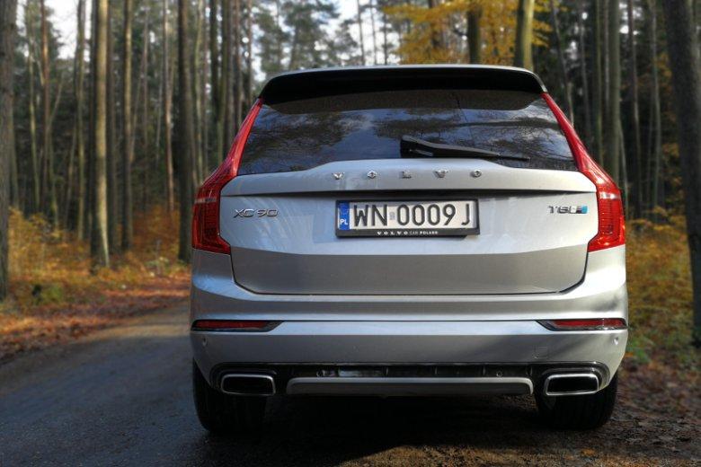 Hybrydowy model XC90-tki jest specjalnie oznaczony.