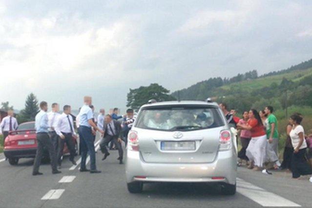 Policja zatrzymała pięciu Romów, którzy brali udział w awanturze w Maszkowicach
