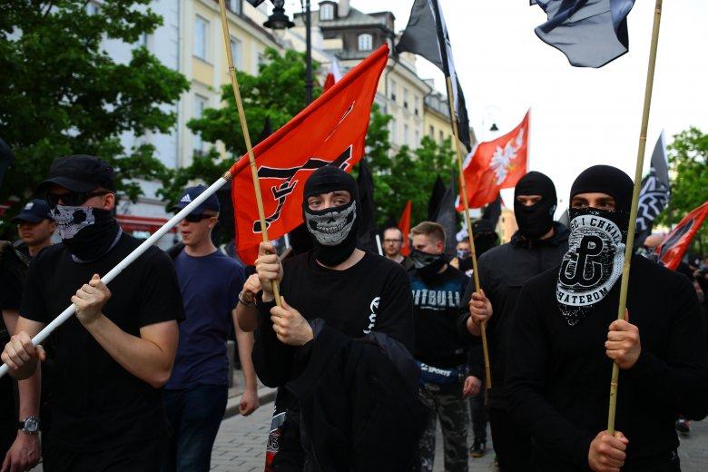 Marsz neofaszystów został zatrzymany przy Świętokrzyskiej.