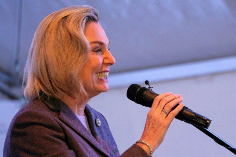 Anna Maria Anders dostała 51 400 zł nagrody za pracę w gabinecie premier Beaty Szydło.