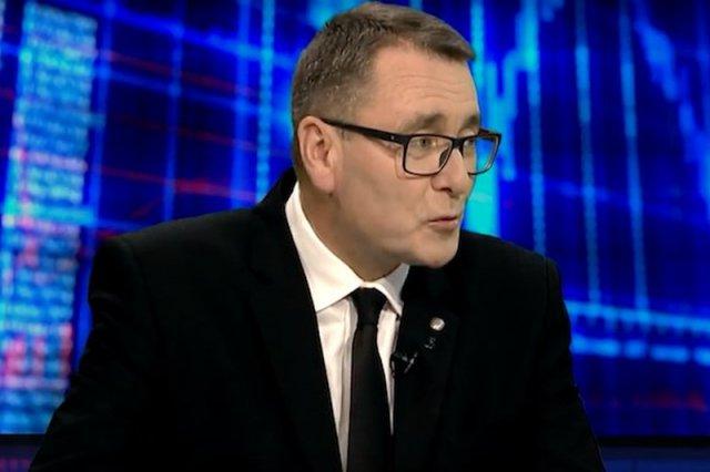 Cezary Jurkiewicz z PiS-u odkrył spisek Unii przeciwko Polsce. To wszystko przez ... nasze sukcesy.