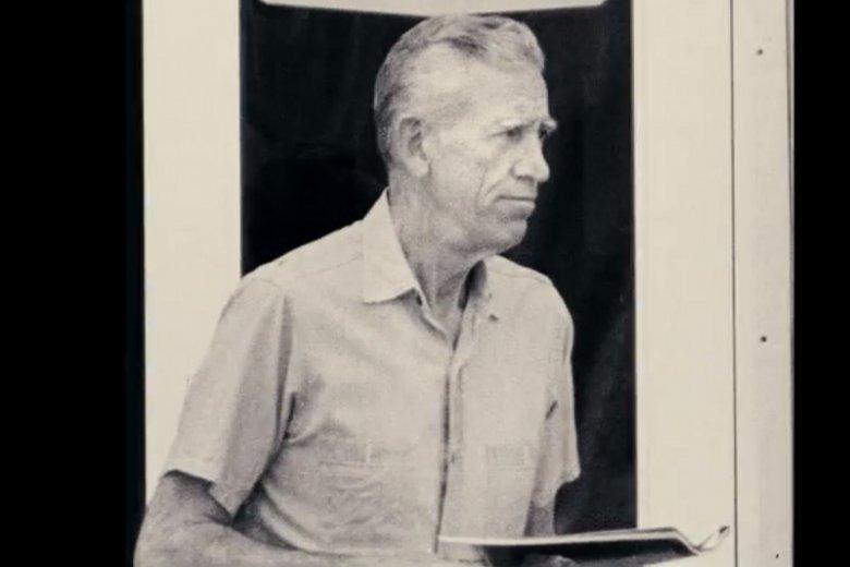"""Kadr z filmu """"Salinger"""" przedstawiający jedno z nielicznych zdjęć autora"""