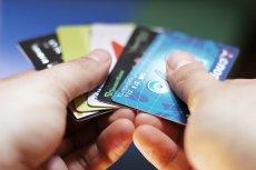 Czy popularne zbliżeniówki, czyli bezstykowe karty płatnicze, są w pełni bezpieczne?
