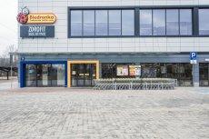 Z powodu ustawy o ograniczeniu handlu w niedzielę, sklepy sieciowe w Wielką Sobotę będą otwarte krócej niż rok temu.