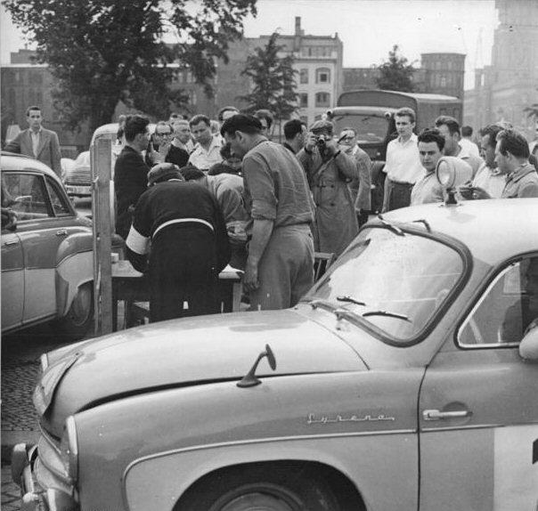 Syrena podczas rajdu Moskwa-Praga, 1960