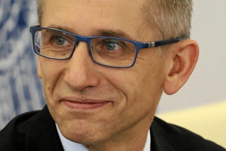 Prezes NIK Krzysztof Kwiatkowski, w latach 2009-11 był ministrem sprawiedliwości w rządzie Donalda Tuska. Ubiegłoroczna kontrola NIK w resorcie sprawiedliwości wykazała szereg nieprawidłowości w wynagradzaniu ekspertów zatrudnianych przez ministerstwo.