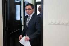 Zbigniew Ziobro domaga się odwieszenia kary 6 miesięcy więzienia dla Miłosza P. Trener osobisty i instruktor sztuk walki jest podejrzany o pobicie swojej partnerki.