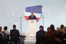 Grzegorz Schetyna przedstawił propozycje partii na obecne wybory.