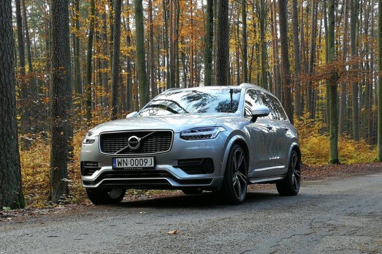XC90 było pierwszym modelem Volvo, w którym zastosowano nową identyfikację wizualną.