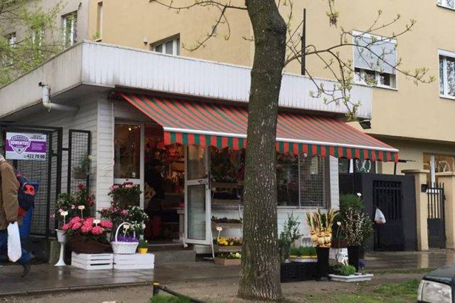 Do zdarzenia doszło w jednej z kwiaciarni na Saskiej Kępie w Warszawie.